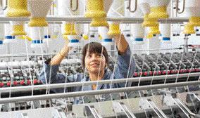 Los equipos tecnológicos experimentados prueban cómo las nuevas máquinas, materias primas y procesos pueden tener un efecto en la fabricación de hilados.