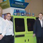 El equipo de Inkcups Now Corp., basado en  Danvers, Mass.