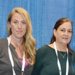 Marley Flowers (izq.) y  Kelly Cauthen, Mahr  Metering Systems