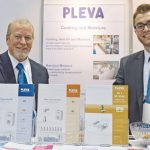 Mike Eplee (izq.), Pleva U.S.A. Inc.; y Steffen Kemmer, Pleva GmbH