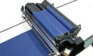 Los tres rodillos ensanchadores de Cosmotex, modelo Apolo Smart, se pueden ajustar independientemente.