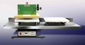Modelo SKE-7 DP de Sekaisa es la prensa neumática, con doble plato de desplazamiento lateral, para la estampación de camisetas.