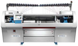 Máquina de tricotado por trama modelo CMS ADF 32 BW, de Stoll.