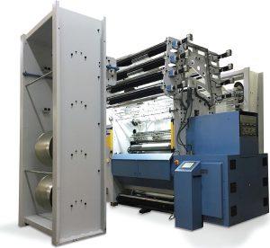 Máquina Raschel electrónica de  Rius-Comatex, es de alto rendimiento y especializada en la producción de tejidos estructurales en 3D, tejidos tubulares y mallas especiales.